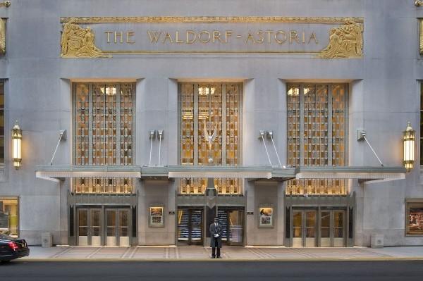 Waldorf Astoria Park Avenue Entrance